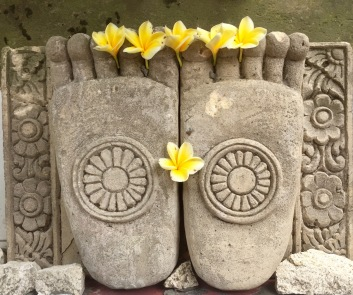 buddha's feet in bali